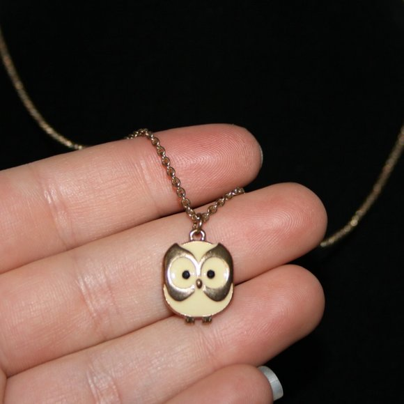 """Cute gold and cream owl necklace 18"""""""